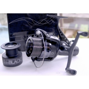 LINEAEFFE REEL ALL BLACK 60 + NYLON